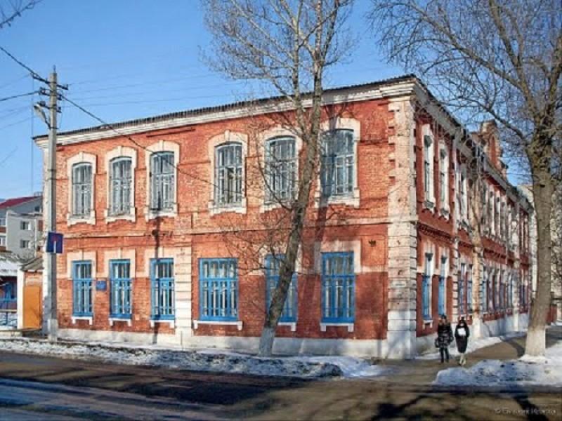 Балашовское медицинское училище - фото