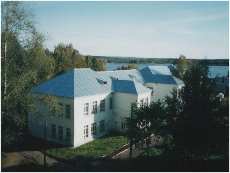 Омутнинский колледж педагогики, экономики и права - фото